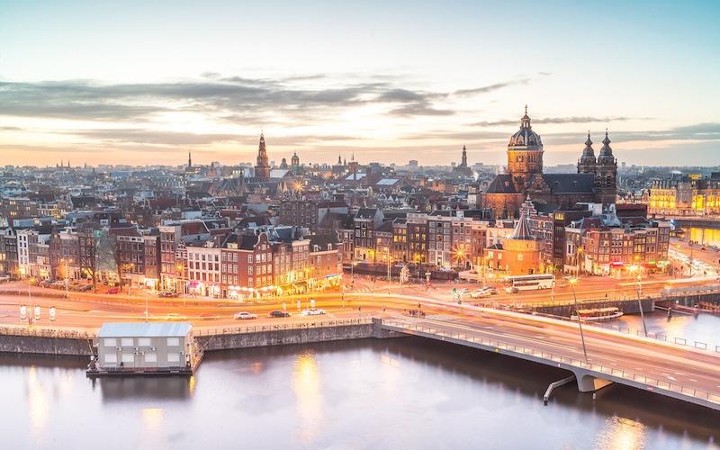 Amsterdam'da Günübirlik Gezilecek Yerler