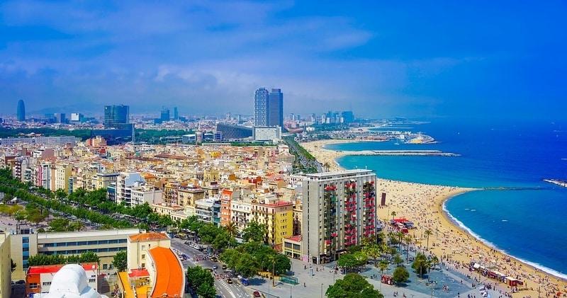 Barceloneta Plaji