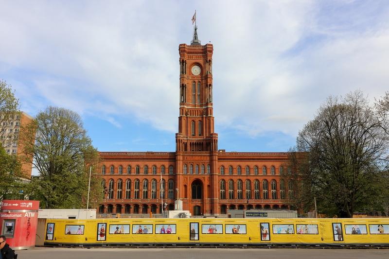 Berlin de Gezilecek Yerler - Rotes Rathaus