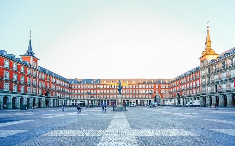 Plaza Mayor - Madrid Gezilecek Yerler Blog