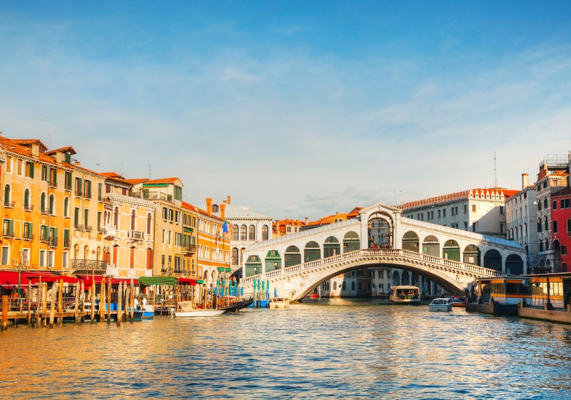 Rialto Köprüsü Venedik Gezilecek Yerler