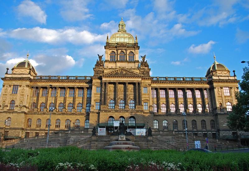 Ulusal Müze - Prag da Görülmesi Gereken Yerler
