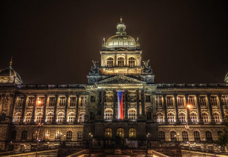 Ulusal Müze - Prag da Gezilecek Yerler