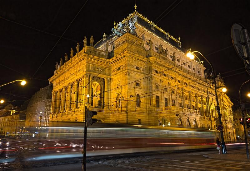 Ulusal Tiyatro - Prag da Gezilecek Yerler