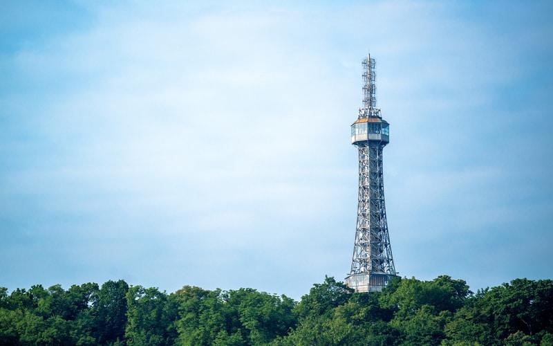 Petrin Gözlem Kulesi ve Tepesi