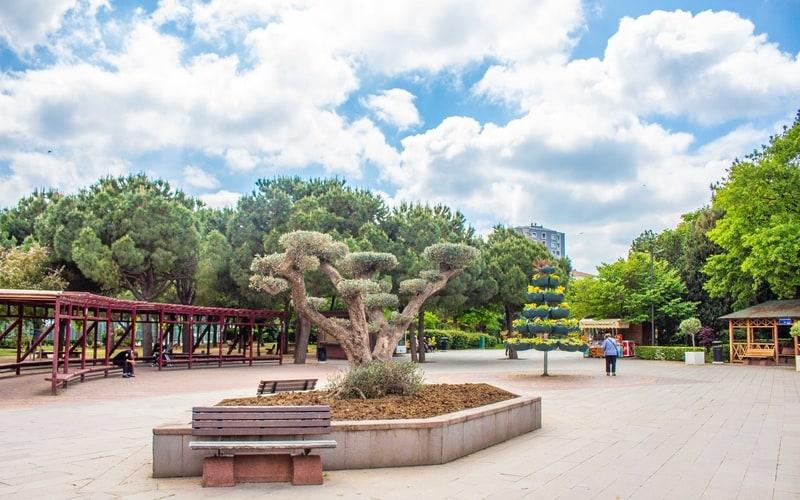 Selamiçeşme Özgürlük Parkı - Kadıköy Gezilecek Yerler