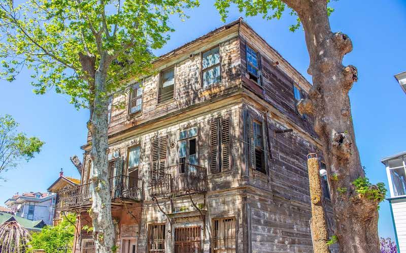 Heybeliada Tarihi Evler