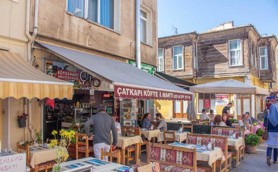 Heybeliada Kahvaltı - Çat Kapı Köfte & Mantı
