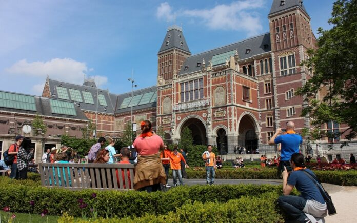 Rijksmuseum (Rijks Müzesi)