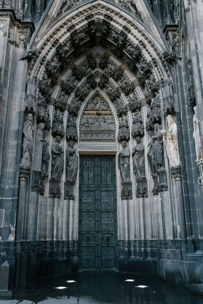 Köln Katedrali Tarihçesi