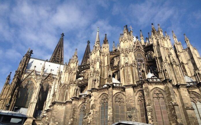 Köln Katedrali - Dom Kilisesi