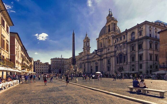 Roma Piazza Navona Meydanı