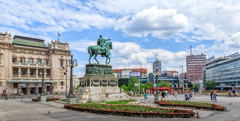 Cumhuriyet Meydanı - Belgrad gezilecek yerler