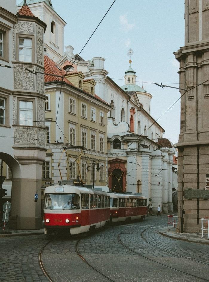 Prag Kalesi Hakkında Bilgiler