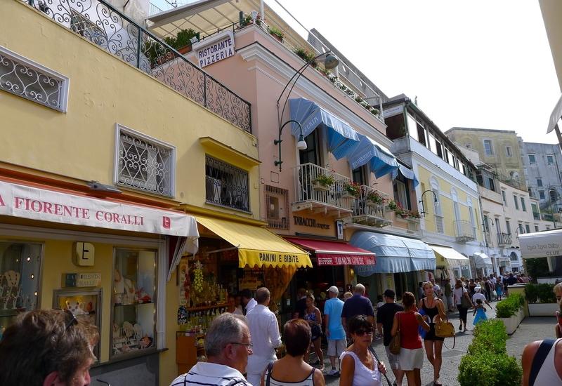 Capri Adası Alışveriş Rehberi