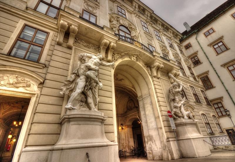 Hofburg imparatorluk sarayı