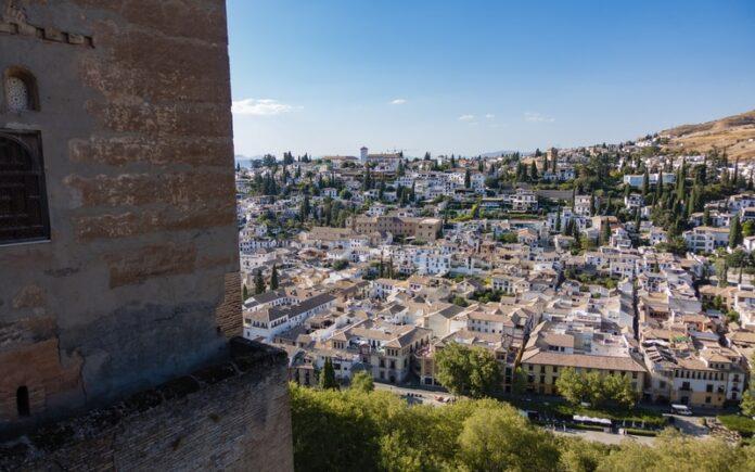 Granada da Gezilecek Yerler