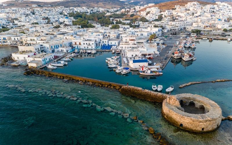 Paros Adası Gezilecek Yerler
