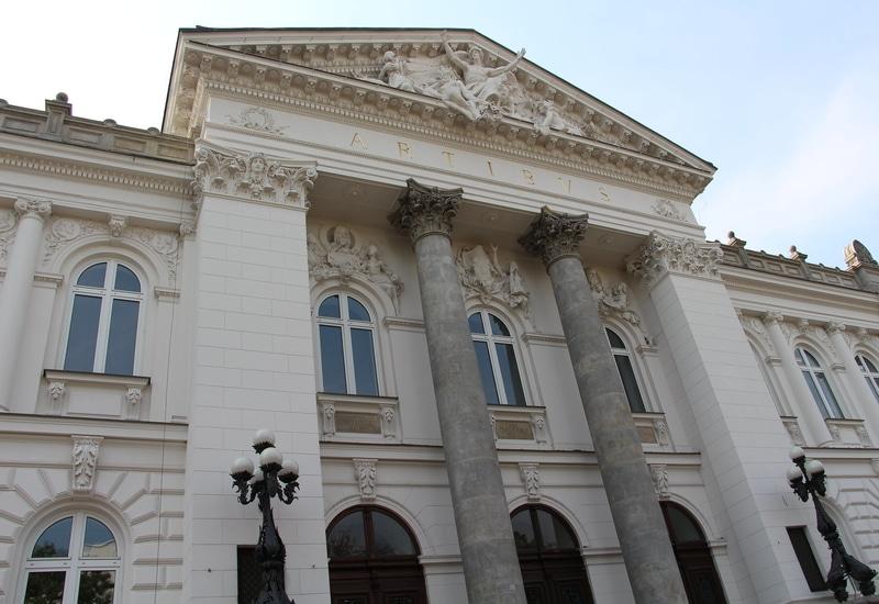 Varşova Görülecek Yerler Blog