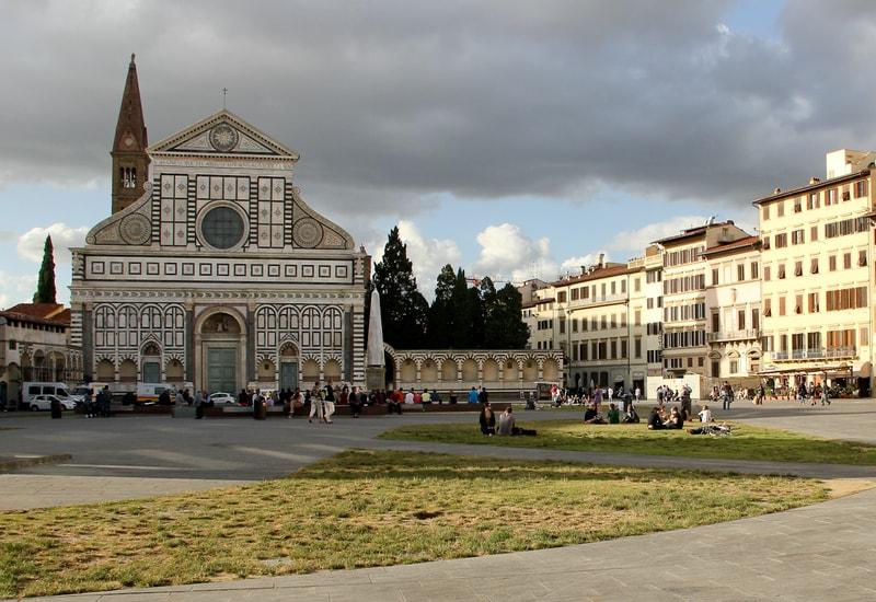 Floransa da nerede kalınır