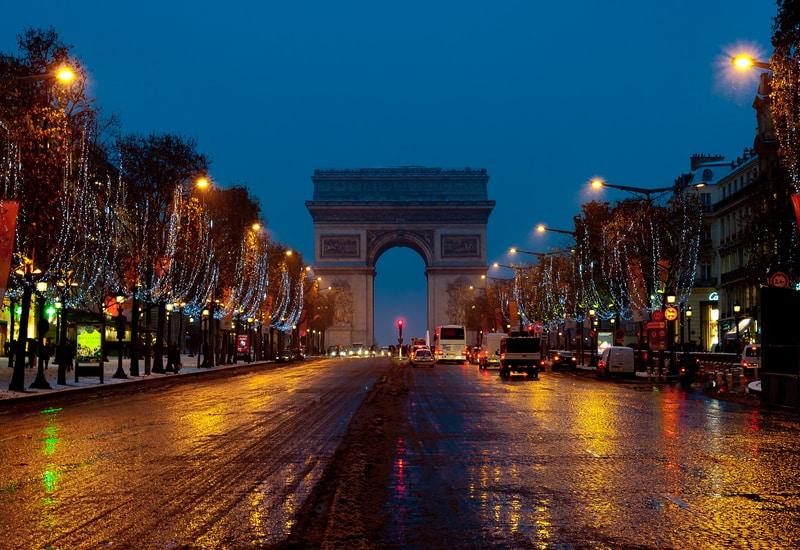 Paris geceleri