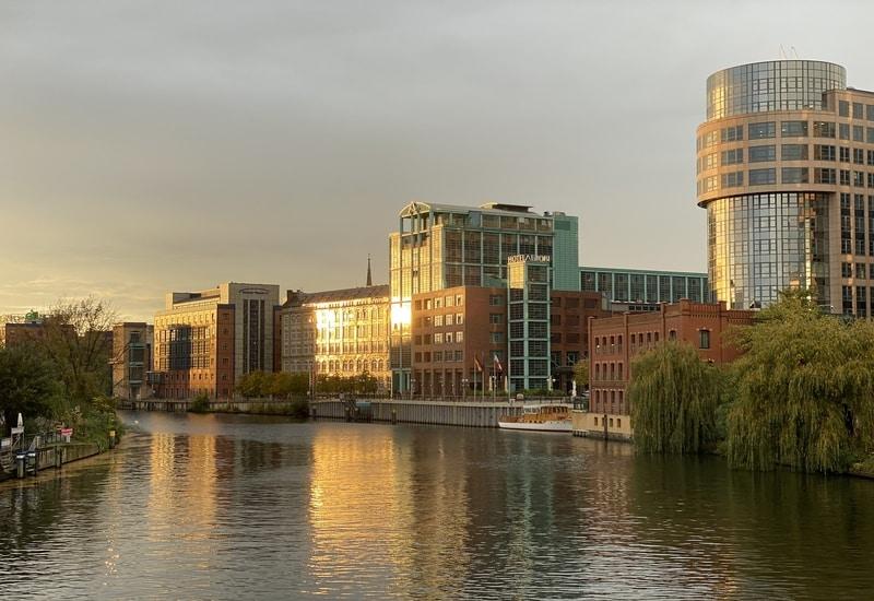 Berlin Otel Önerileri