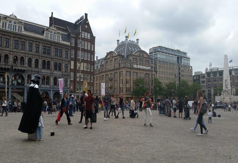 Amsterdam da Kalınacak Yerler