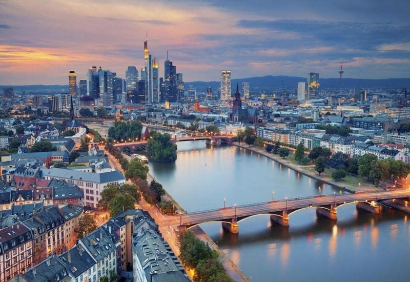 Frankfurtta nerede kalınır