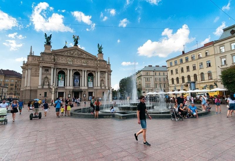 Lviv de nerede kalınmalı