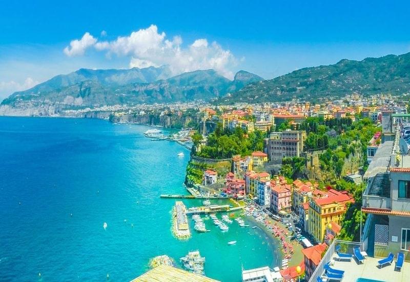 Amalfide nerede kalınmalı
